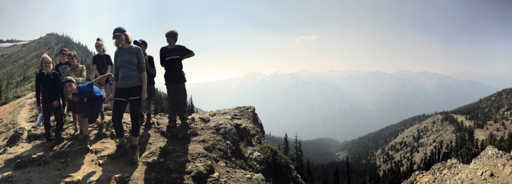 youth hikers on marmot pass